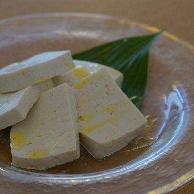 伊豆に出現した島豆腐!【よなしま屋 豆腐店】